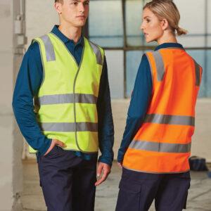 SW43 safety vest with shoulder tapes
